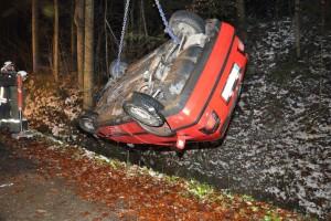 Menschenrettung nach Verkehrsunfall / Foto (c) Fritz Stummer